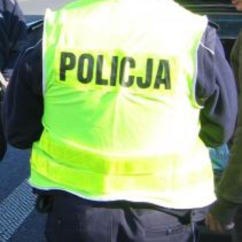 Policjanci z VI Komisariatu Policji w Krakowie ustalili i zatrzymali seryjnego włamywacza